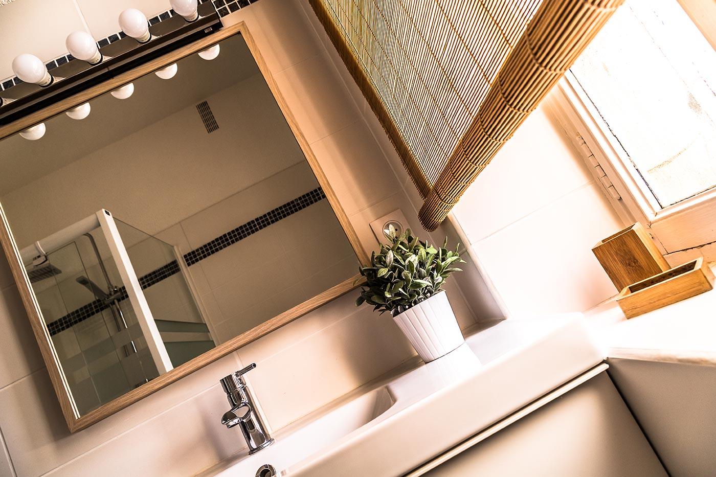 Syrah Cottage Bathroom